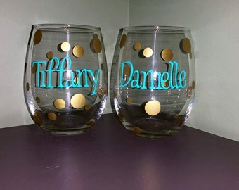 Stemless Wine Glasses for Bridal Party; BRIDE/GROOM; Maid of Honor; Father; Mother; Bridesmaids; Wedding Party Gifts; Birthday Favors