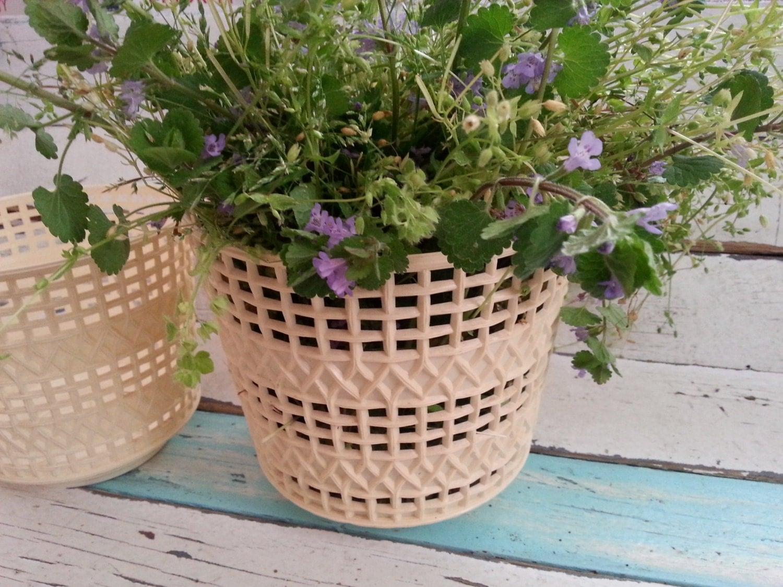 Vintage Flower Pots 38
