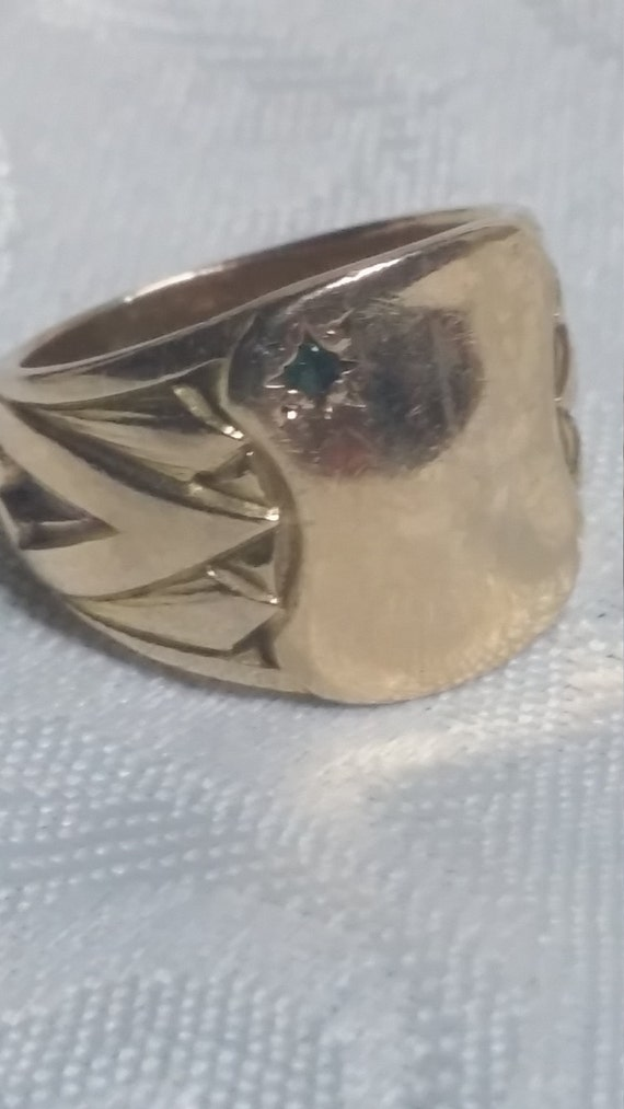 Reserved 10 kt gold ring 10 kt pinky ring La s wide 10 kt