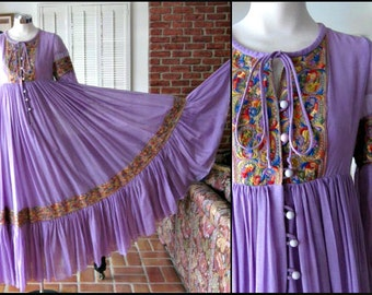 BEVERLY PAIGE 60s Hippie Festival Caftan Dress / Vintage 60s Hippie Dress Gown / fits S-M / Embroidered Caftan