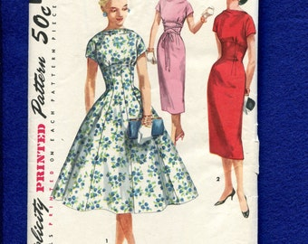 1950's Simplicity 1510 Wiggle or Flared Dresses with Short Kimono Sleeves & Bateau Neckline Size 16