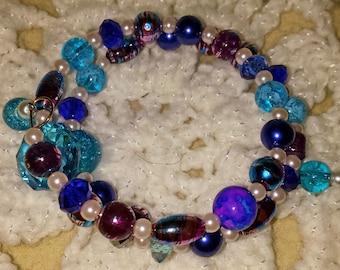 Beautiful Blue and Purple Beaded Memory Wire Bracelet (I 363)