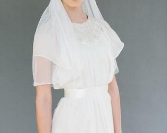 Bridal wedding veil elbow length  - Emma