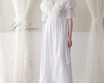 Vintage Style Bubble-Sleeved White Organic Cotton Lace Wedding Dress.