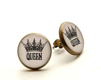 Queen crown earrings, queen crown jewelry, queens crown charm, Hypoallergenic Earrings