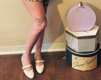 1960's Cream Leather Mary Janes by Paradise Kittens // Size 10 - Low Heel