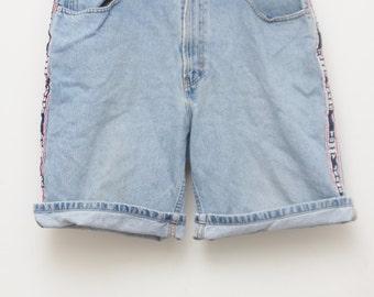 """Rare 90's Vintage """"TOMMY HILFIGER"""" Blue Jean Shorts Sz: 34 (Men's Exclusive)"""