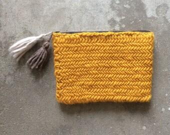 Herringbone Clutch with Tassels / Make-up Bag / Soft / Wool / Hand Knitted