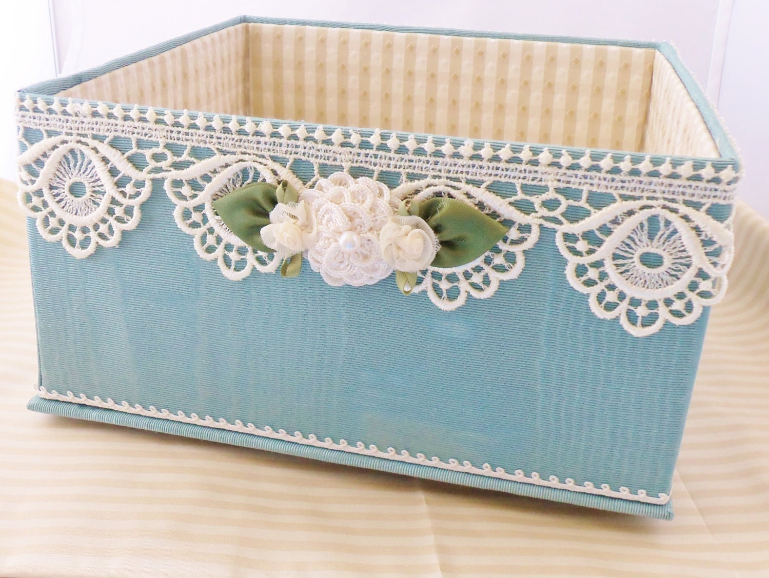 Container For Wedding Gift Envelopes : Chandeliers & Pendant Lights