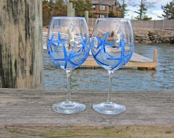 Navy Blue Starfish - Set of 2 Hand Painted Red Wine Glasses 'Beach Vacation Basket/Nautical Bridal Shower/New England Gifts Under 50'