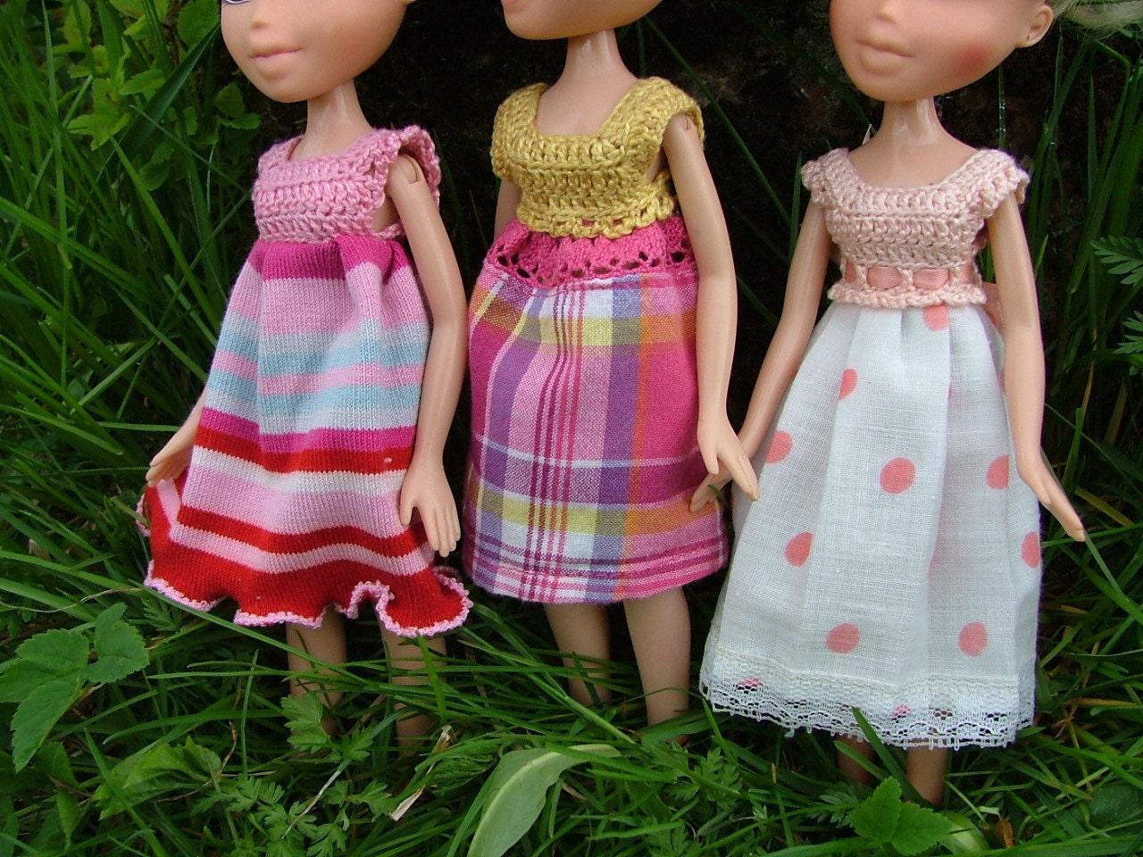 Easy Crochet Doll Skirt Pattern : PATTERN 3in1 EASY DRESSES for dolls 3 different crochet tops