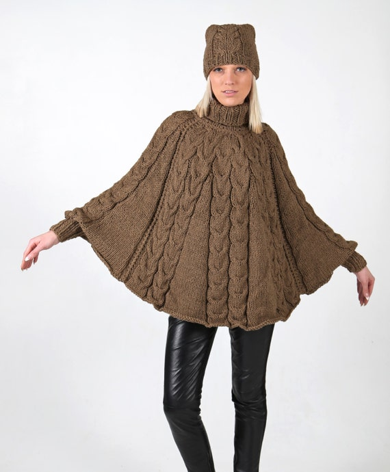 Instant Download PDF pattern. Hand knitted poncho with cuffs