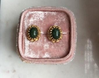 Oval jade earrings, 14k YG, intricate frame