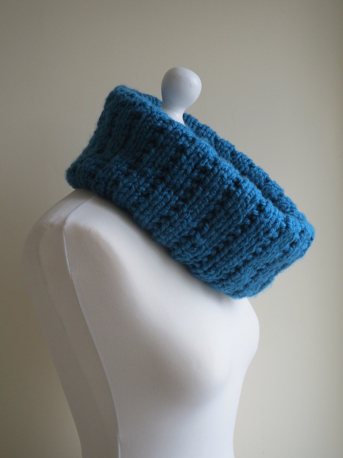 Blue cowl. Blue snood. Chunky knit ribbed cowl. Vegan cowl.