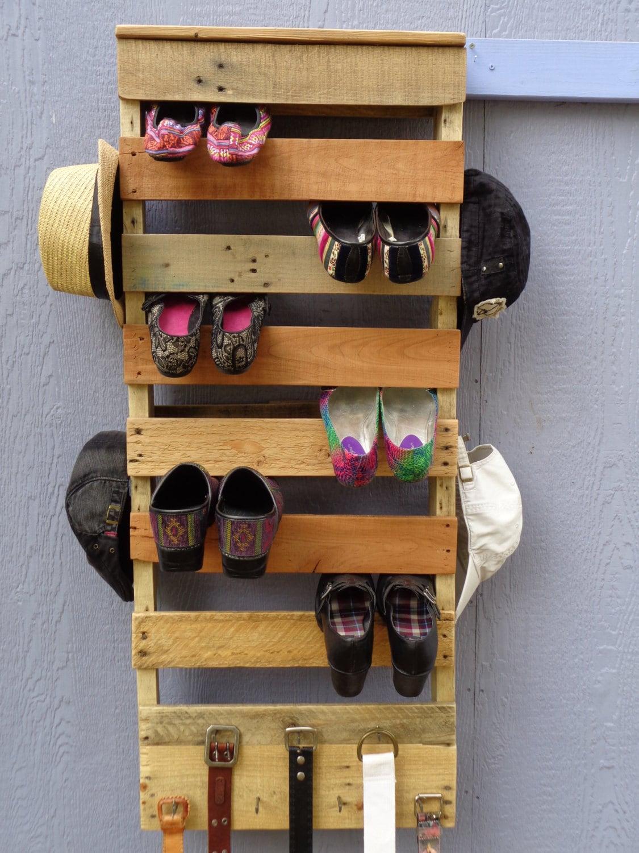 pallet wood shoe rack vertical reserved for erin. Black Bedroom Furniture Sets. Home Design Ideas
