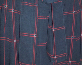 Vintage Cassant black and red window-pane blouse, lt wt wool luscious shirt 12