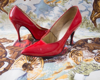 Vintage 1960s Lipstick Red Patent Leather Stilettos High Heels