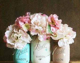 Painted Mason Jar - Vase- Distressed Mason Jars - Rustic Wedding - Home Decor  - Wedding Centerpiece - Baby Shower - Mason Jar Decor