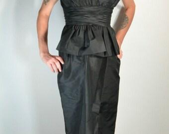 50s Peplum Dress// Silk Taffeta Black Dress// Stunning Little Black Dress