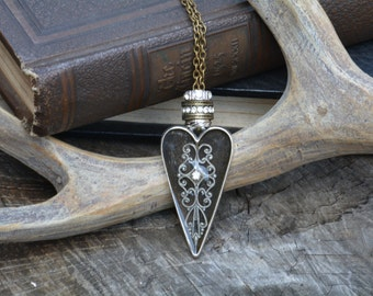 Filigree Heart Bezel Necklace