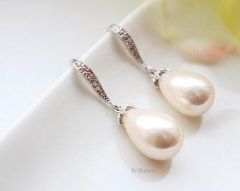 Teardrop Pearl earrings in silver, Bridesmaid jewelry, Everyday earrings, Wedding earrings
