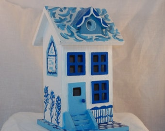 Hand Painted Brownstone Style Decorative Birdhouse