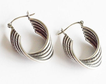 Vintage Sterling Silver Textured Style Hoop Pierced Earrings