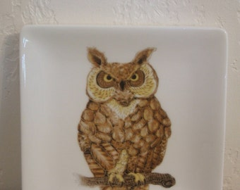 Porcelain Trinket Dish Featuring a Majestic Great Horned Owl