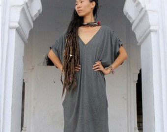 Womans Oversize Boho Dress, Loose Grey dress, V-Neck Dress, Black Lycra Bohemian dress with Pockets, Urban Tunic Top, Casual / Evening Dress