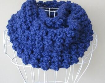 Blue scarf circular/Wool Infinity scarf/Cathy Scarf