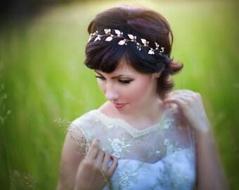 Bridal tiara Wedding tiara Bridal headband Wedding hair piece Leaf crown Pearl tiara headband Bridal hair accessories Wedding headpiece