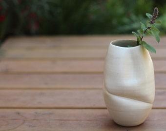 wrinkled ceramic vase, white ceramic vase, modern vase, white pottery vase, ceramic flower vase, white vase, small vase,modern pottery vase
