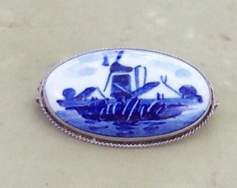Delft Blue Pin Vintage Brooch Windmill Souvenir of Holland Cobalt Blue on White