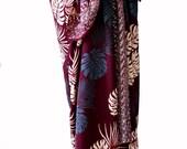 Hawaiian Beach Sarong Pareo Wrap - Men's or Women's Beach Clothing - Maroon and Gray Jungle Leaf Batik Sarong - Swimsuit Cover Up - Lavalava