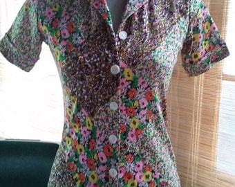 70s FLORAL PATCHWORK PRINT Top--Poly Jersey--Stretchy