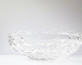 1960s Mid Century Large Serving Bowl - Clear Glass Centerpiece Bowl - Vintage Federal Yorktown (Colonial) - Scalloped Edge Optic Design
