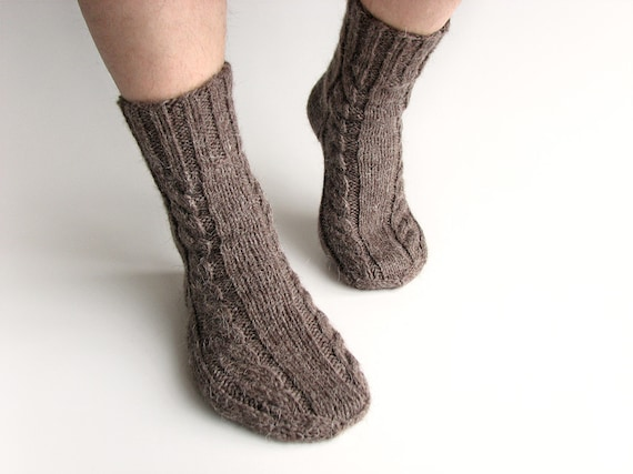 Men's Socks EU Size 40-42 - Hand Knitted Braded Cable- 100% Natural Undyed Wool -  Brownish Gray - Cozy Warm Gift