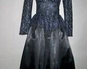 SALE***1980's GUNNE SAX // Blue Lace Black Satin // Party Prom Fancy Cocktail Dress...size 5