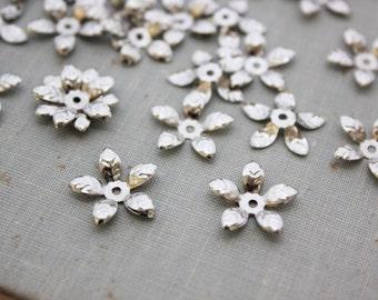 15mm Silver Flower Leaf Bead Caps - 50pcs