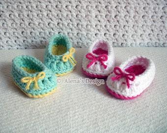 Crochet Pattern 136 - Crochet Shoes Pattern for 18 inch Doll - Crochet Patterns - Doll Shoes for American Girl - 18 inch Dolls Slippers