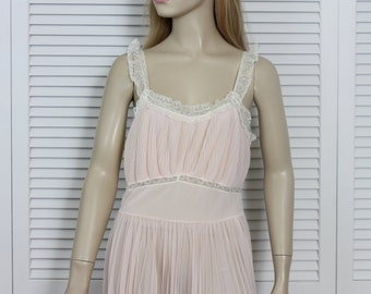 Vintage Peignoir Set 1950s I Magnin Lady Leonora Size Medium
