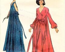 "70s Vogue 9009 Women's Full Length Gown Loungewear Pattern 38"" Bust Misses' Sz 16"