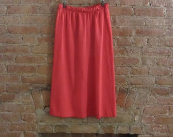 vintage red pencil skirt • size m to l • Gilded Gypsies Vintage