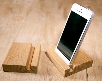 Wooden Smart Phone Stand - Oak