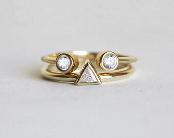 modern engagement set with trillion diamond ring wedding ring set modern wedding set