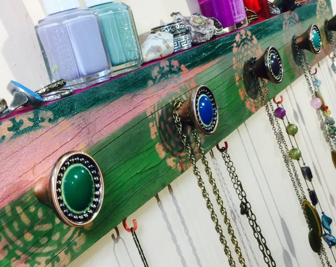 Pallet wood jewelry organizer/ Necklace holder /reclaimed wood wall hanging storage boho stenciled mandalas 6 hooks, 5 hand-painted knobs