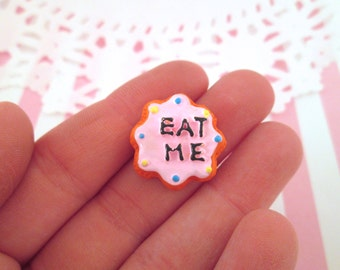 Eat Me Frosted Cookie Cabochons, Alice in Wonderland Cookie Cabs, #123b