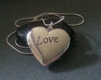 Silver jewelry / .925 silver women's locket necklace  / Gift / Wedding