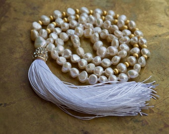 White tassel necklace | Wedding mala beads | White and gold boho necklace | Pearl and gold vermeil boho beaded necklace | Bridal mala beads
