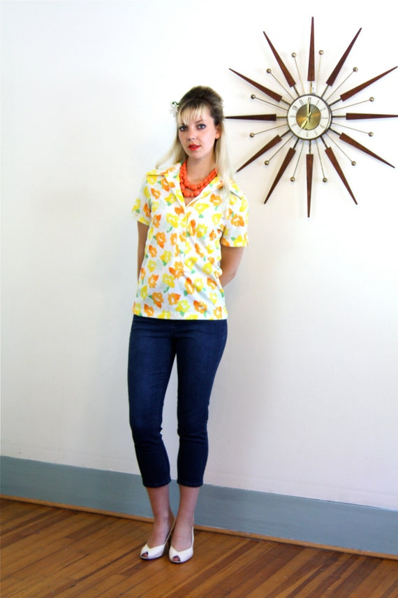Vintage 60s Blouse Bright Floral Pattern Short Sleeve Yellow Orange White Flower Power Womens Butterfly Collar Shirt 1960s MAD MEN Top